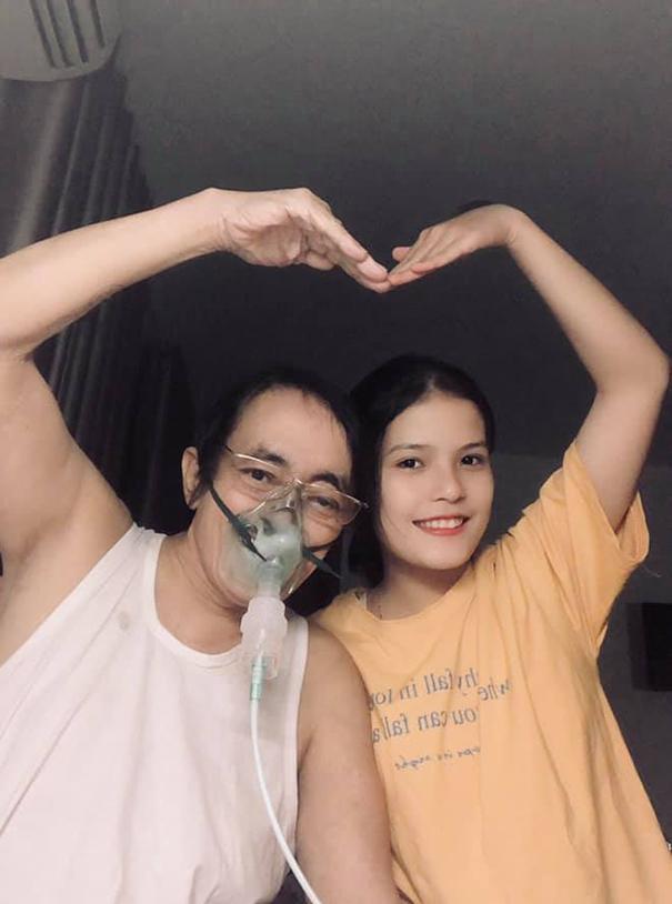 Nghệ sĩ Giang Còi và con gái Ngọc Anh. Ảnh: Facebook Ngọc Anh.