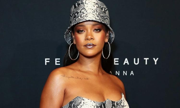 Rihanna trở thành tỷ phú - VnExpress Giải trí