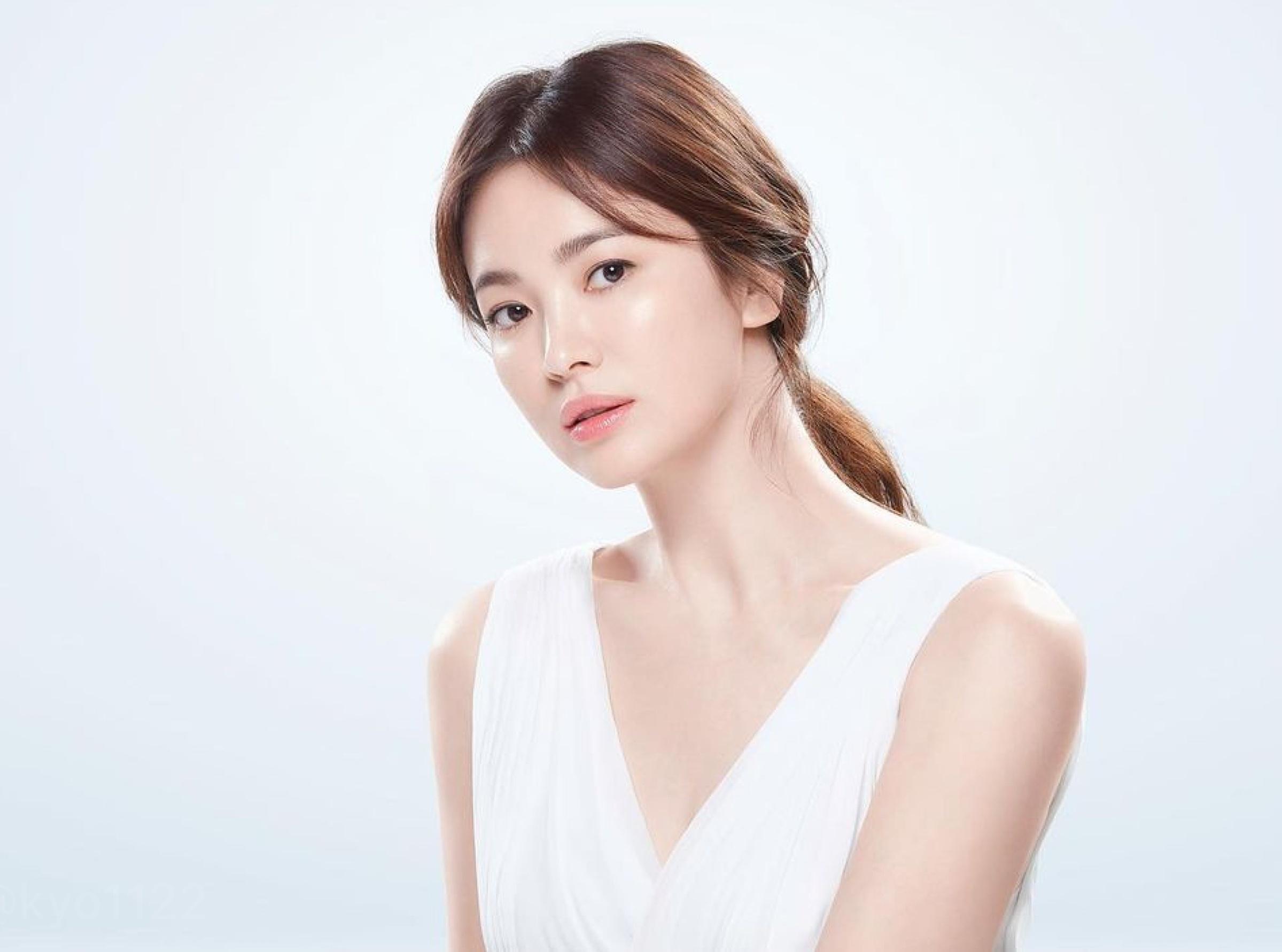 Minh tinh vẫn giữ sắc vóc trẻ trung ở tuổi 41. Trang cá nhân của cô có đến 11,8 triệu lượt theo dõi - cao gấp 10 hoặc 20 lần so với các diễn viên ra mắt cùng thời điểm.