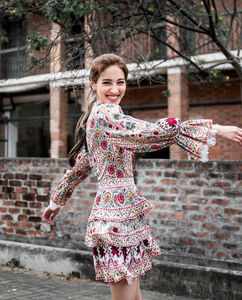 Hoa hậu Hong Kong - từ mặc cảm tới tự tin ngoại hình - 6