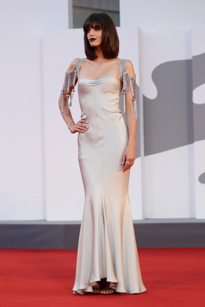Người mẫu Greta Ferro