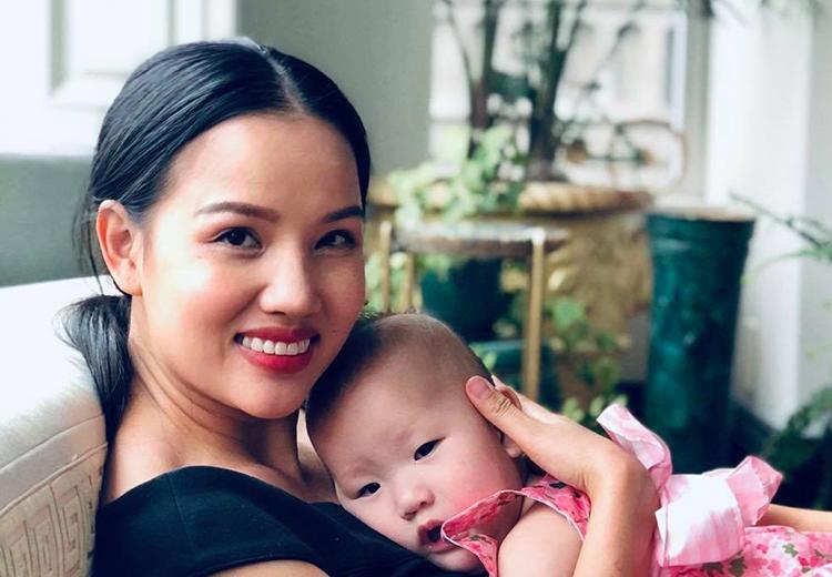 Bebe Phạm: Tôi ám ảnh nỗi sợ sinh non khi mang thai lần ba