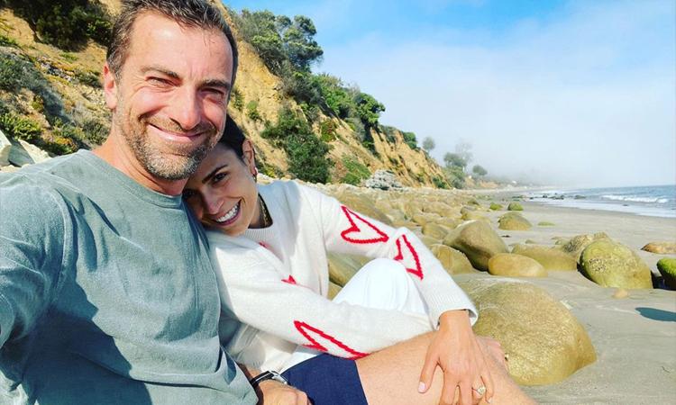 Jordana Brewster (phải) bên chồng sắp cưới Mason Morfit. Ảnh: Jordana Brewster Instagram