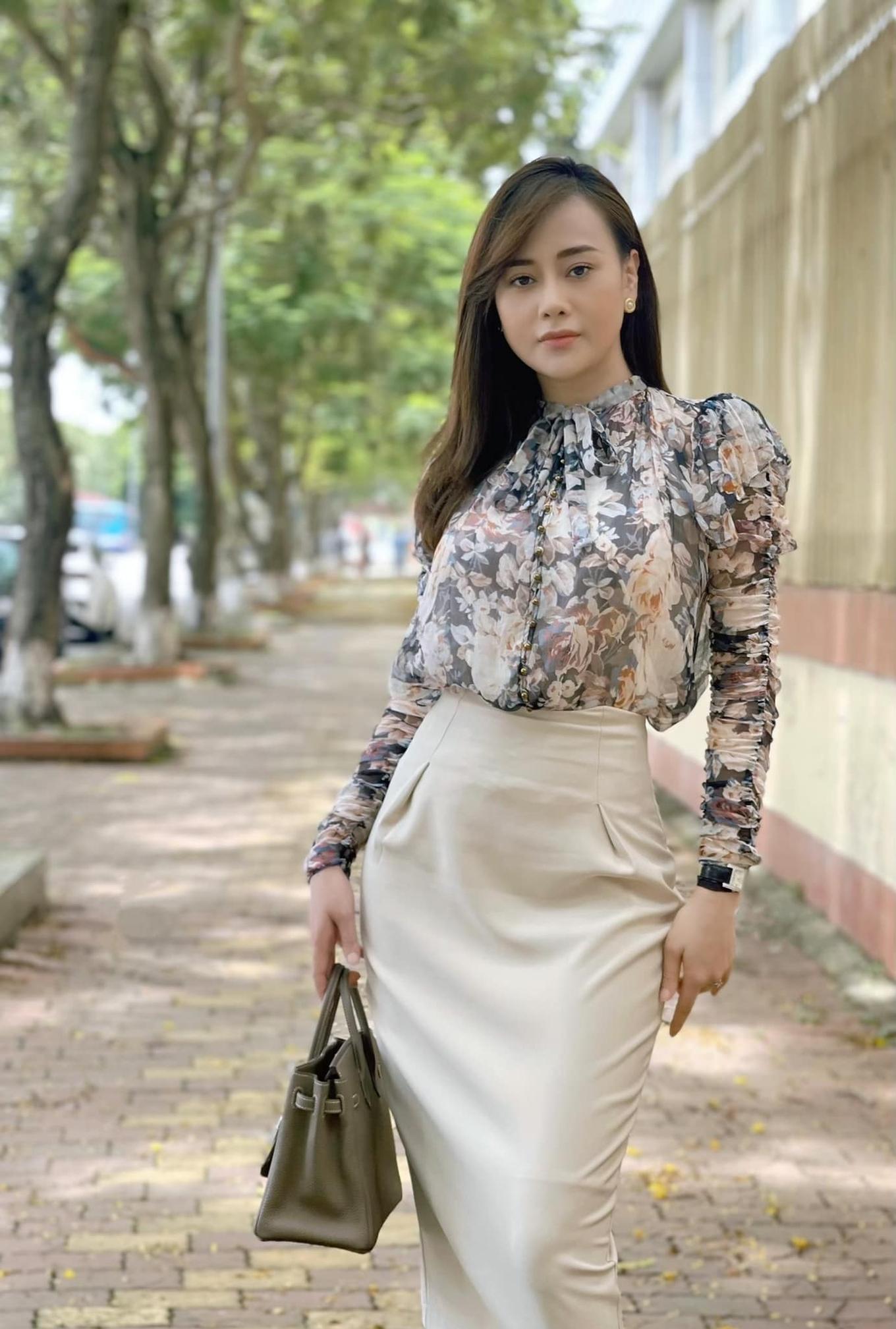 Thời trang gây tranh cãi của Phương Oanh trong Hương vị tình thân - 6