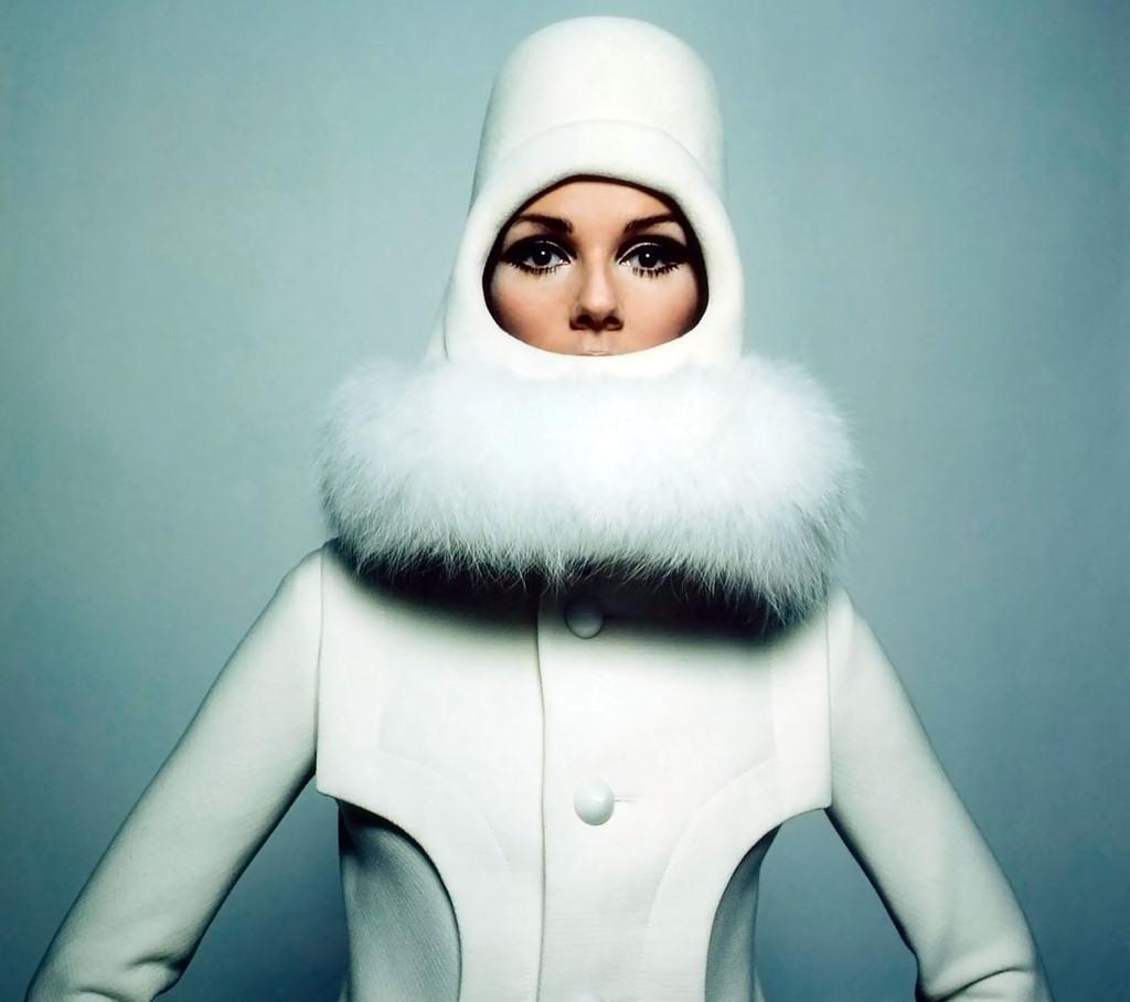 Một thiết kế theo trường phái tối giản của Pierre Cardin. Ảnh: Pierre Cardin/Vogue