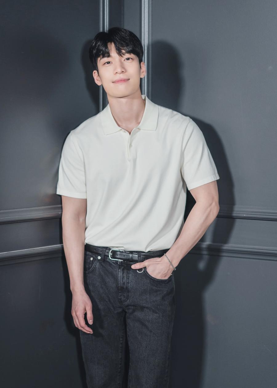 Wi Ha Joon - chàng cảnh sát phim Squid Game - 4