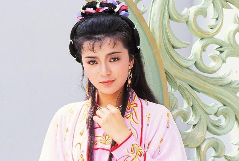 Trên fanpage Trần Ngọc Liên, khán giả chia sẻ ảnh họ sưu tầm về nữ diễn viên thời trẻ, cho biết bà để lại dấu ấn sâu đậm nhờ diễn xuất chân thật, có hồn.
