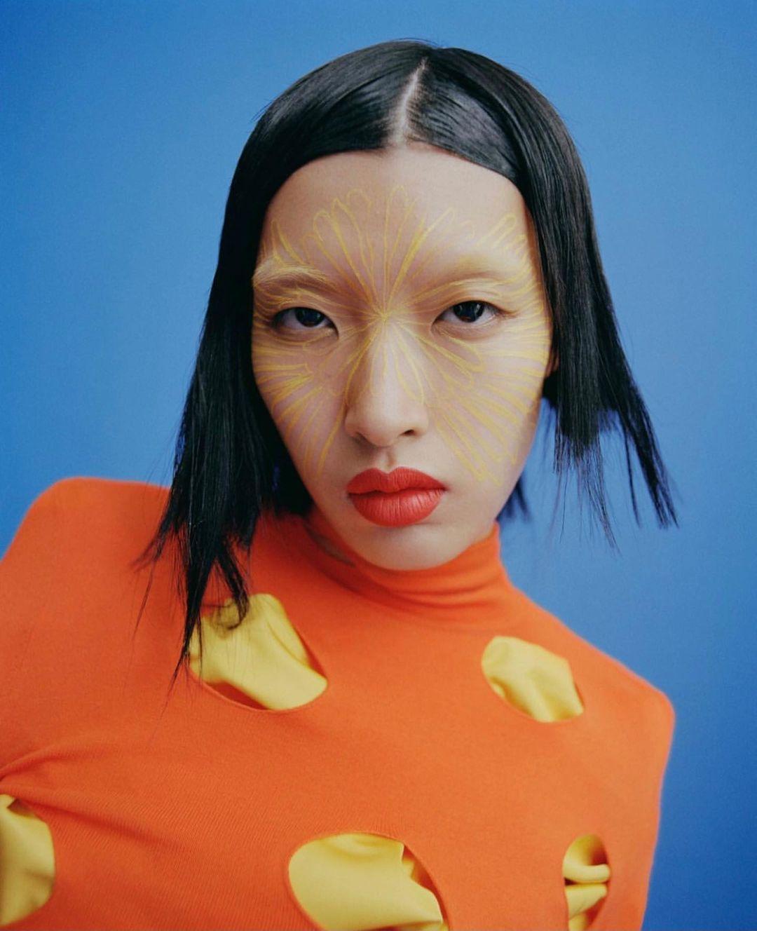 Người mẫu Phương Oanh (tên đầy đủ: Nguyễn Thị Phương Oanh) sinh năm 1999 ở Điện Biên, cao 1,78 m, số đo 78-60-86 cm. Ảnh: Luncheon Magazine