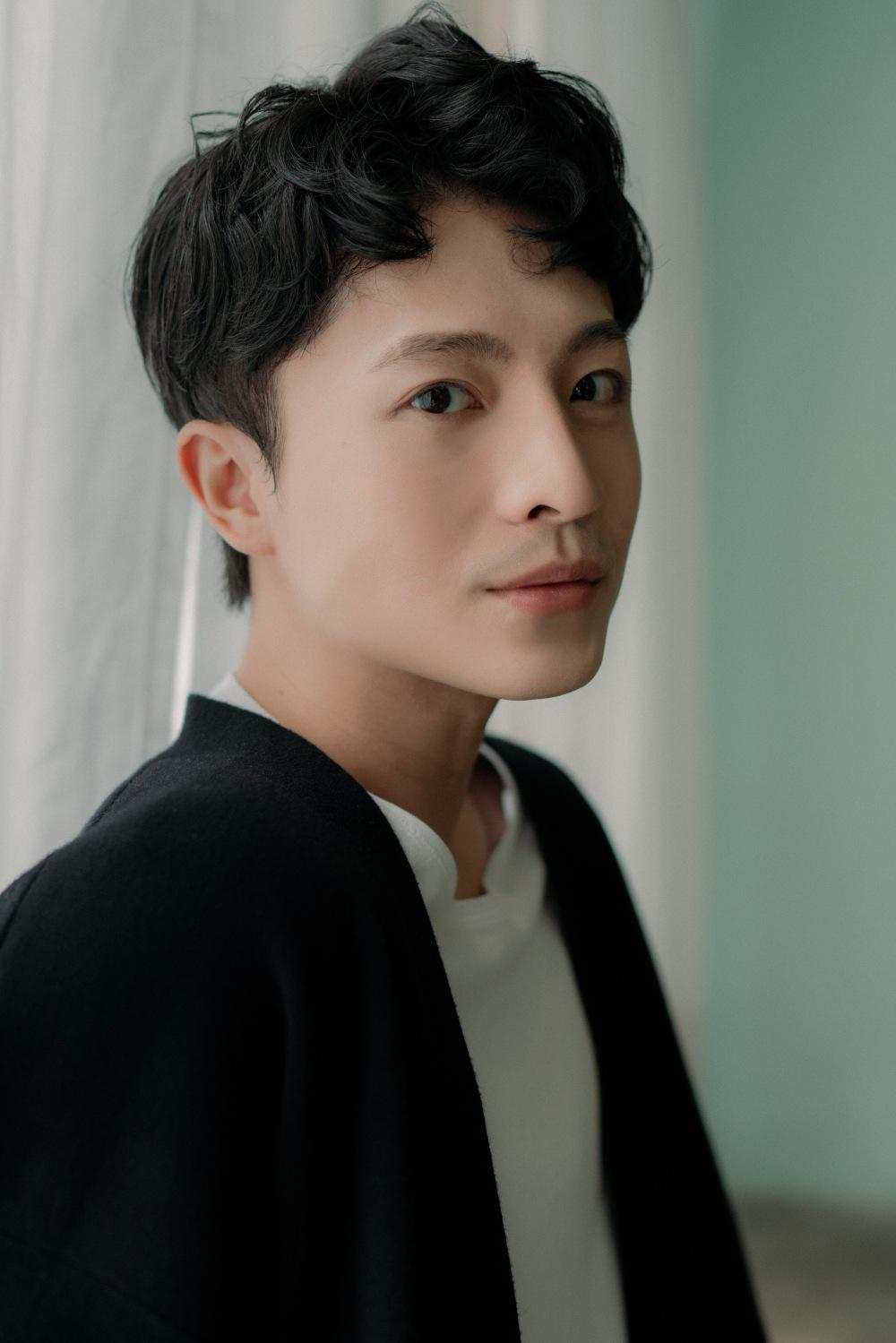 Gương mặt của Harry Lu có nhiều sự khác biệt sau phẫu thuật vì tai nạn xe máy. Ảnh: Nhân vật cung cấp